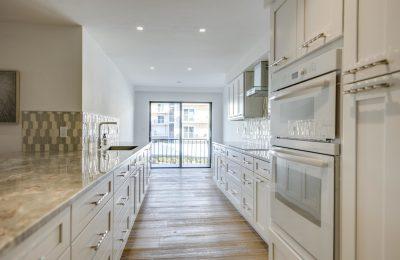 custom kitchens naples